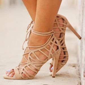 DOLCE VITA Tessah Lace Up Cut Out Gladiator Suede